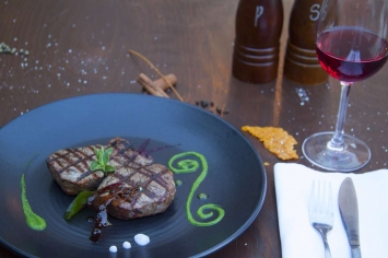 nymfi-restaurant-dishes-0002
