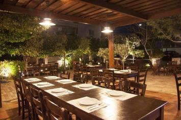 nymfi-restaurant-exterior-0012