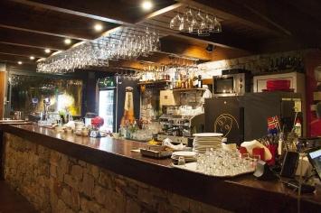 nymfi-restaurant-interior-0005